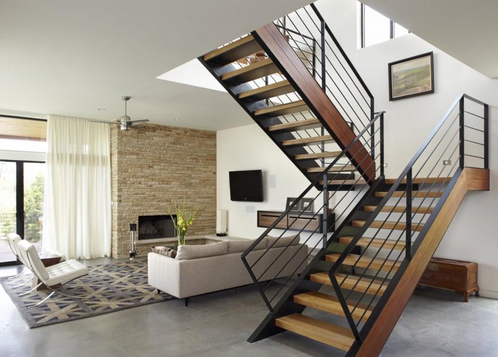 escada-centro-da-sala