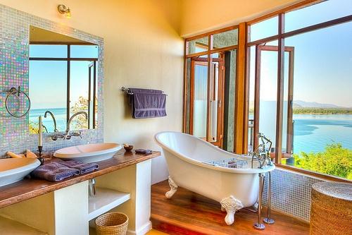 banheiro-com-vista-para-o-lago