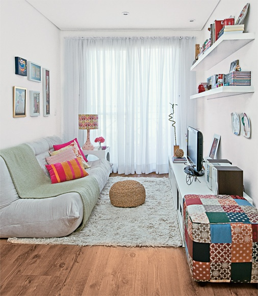 simples de bom gosto, deixa qualquer sala confortável e agradável