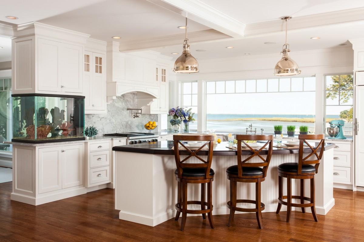 aquario-em-linda-cozinha-praia