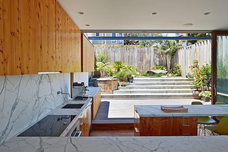 cozinha-aberta-com-vista-pra-quintal