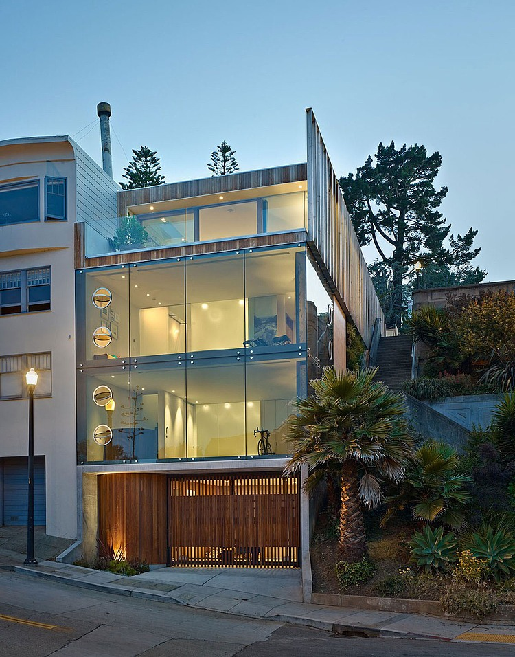 linda-casa-em-morro-tres-andares