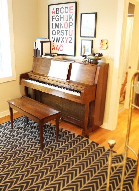 piano-upright-sala-estilosa