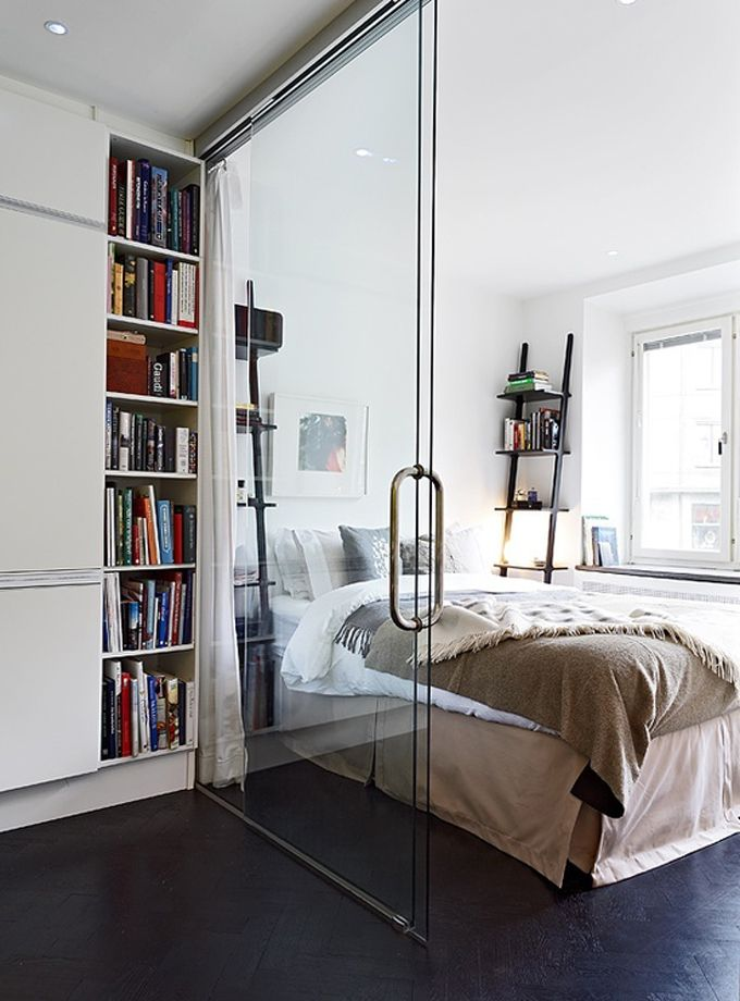 porta-de-vidro-divisor-no-quarto