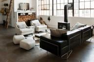 sala-com-sofas-e-poltronas-de-couro