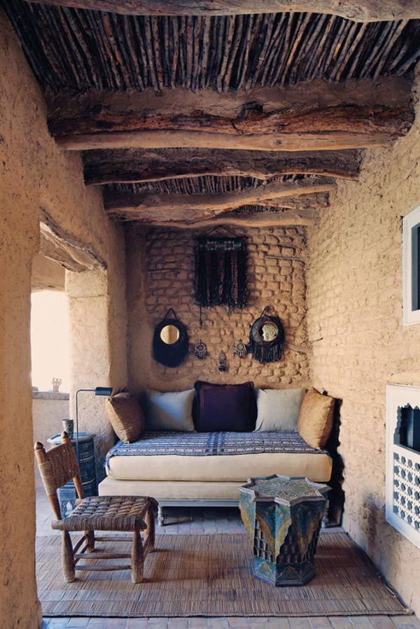 varanda-exotica-barro-e-madeira