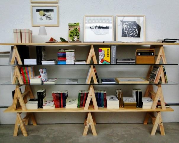 cavaletes-pequenos-formam-estantes