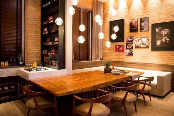 pendentes-modernos-sob-mesa-de-jantar