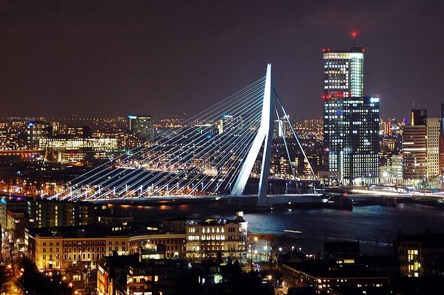 ponte-erasmus-a-noite