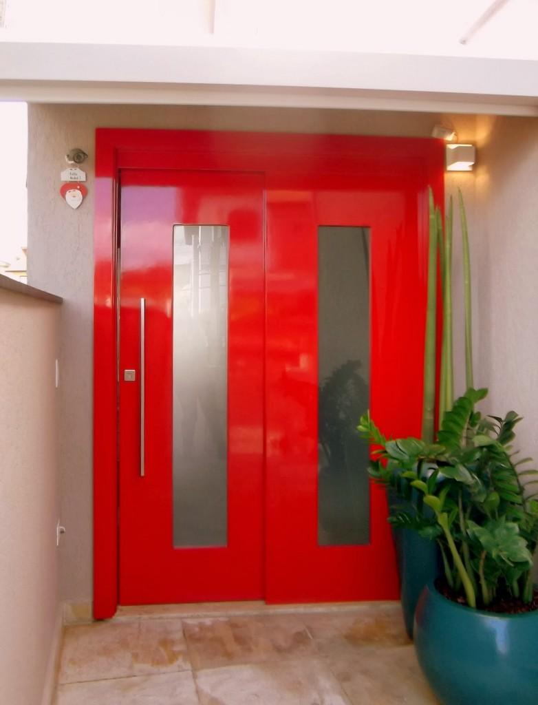 porta-de-entrada-vermelha-grande