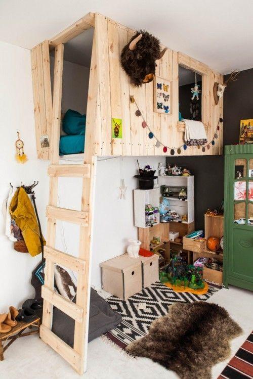 cama-suspensa-cabana-madeira