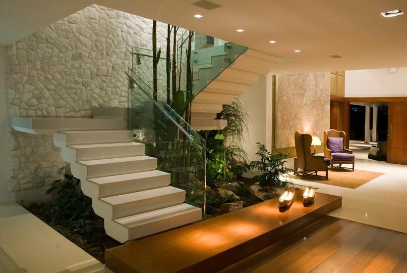 jardim-inverno-abaixo-escada-sala