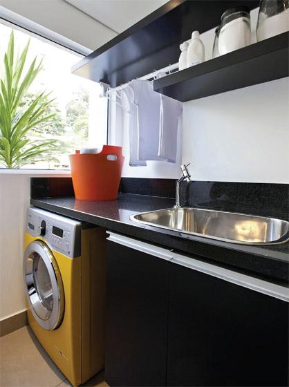 maquina-de-lavar-amarela