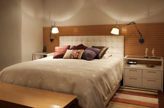 arandelas-flexiveis-cabeceira-cama