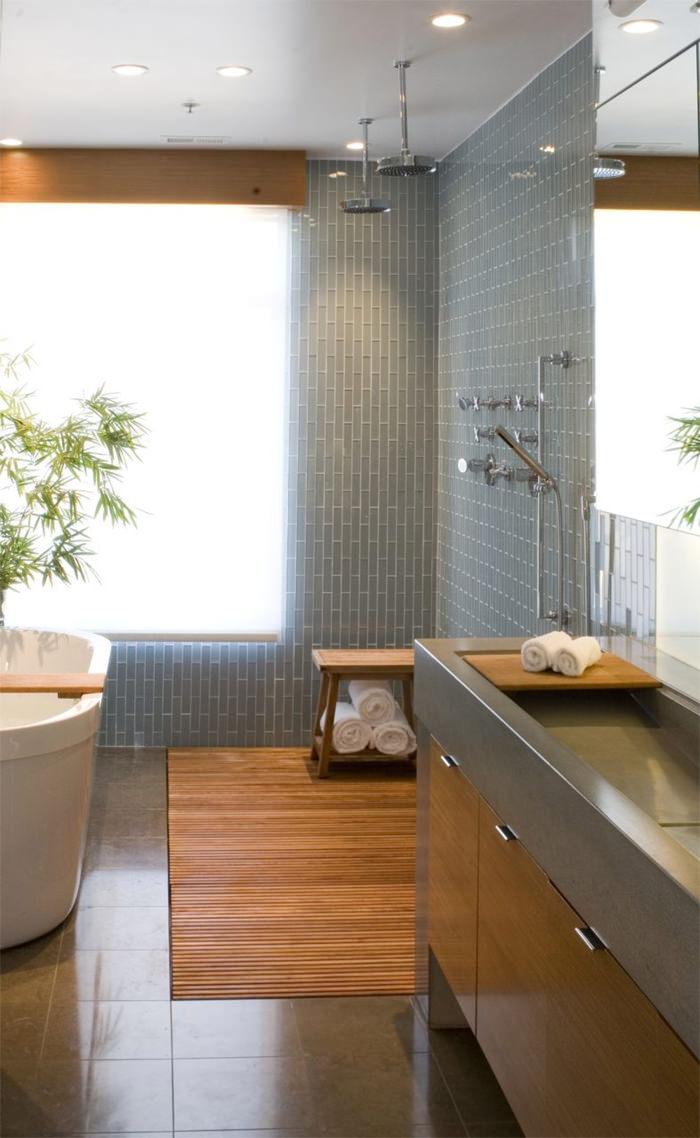 chuveiro-no-teto-de-banheiro