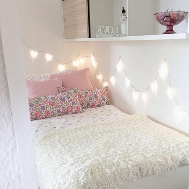 fairy-light-em-volta-da-cama