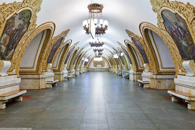 estacao-metro-moscou-russia