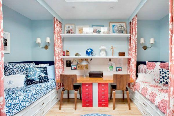 camas-separadas-por-cortinas
