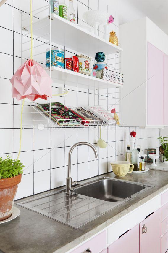 cozinha-com-detalhes-rosa