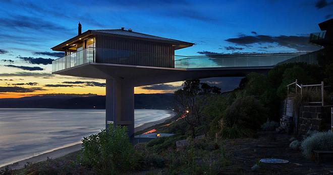 casa-sob-montanha-na-australia