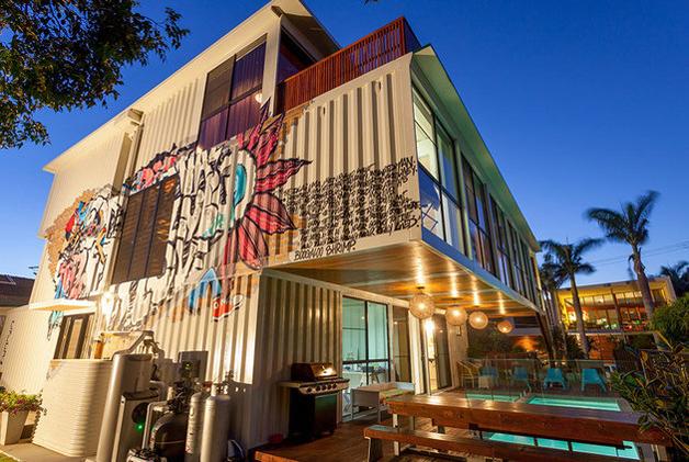 grafite-decora-container-do-lado-externo