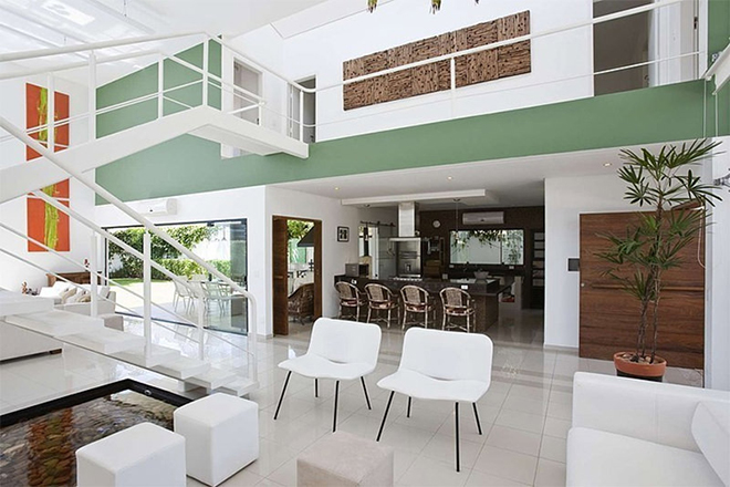 lado-interno-casa-no-guaruja
