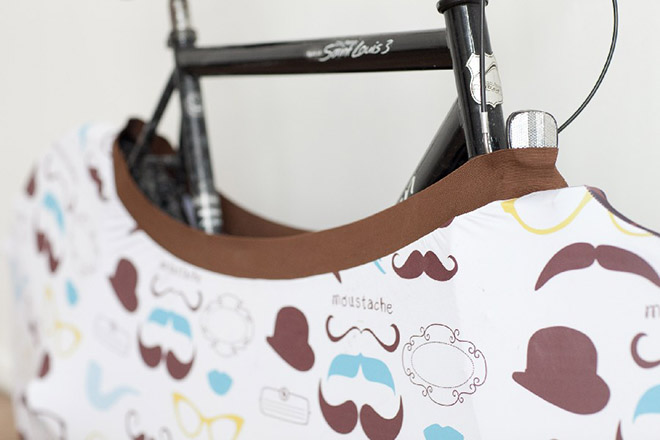 moustache-capa-bicicleta