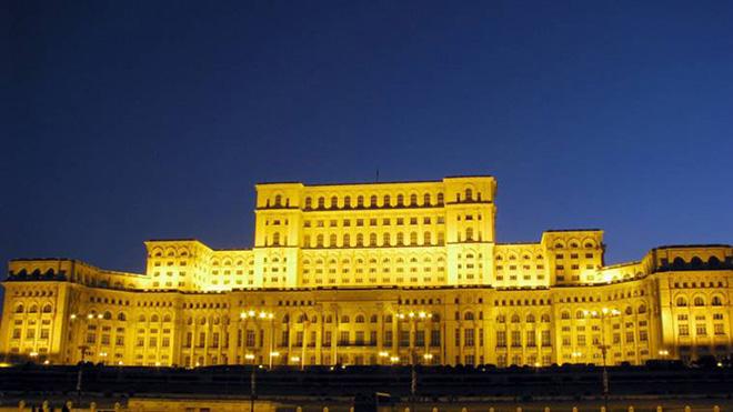 palacio-do-parlamento