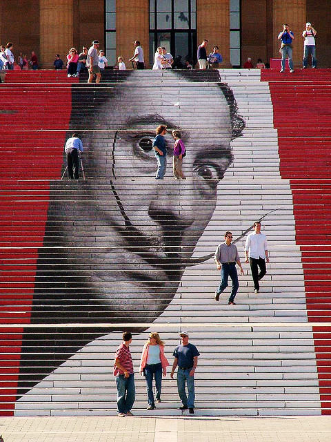 rocky-steps-decorado-dali-filadelfia