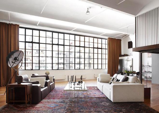 sala-com-sofas-diagonal