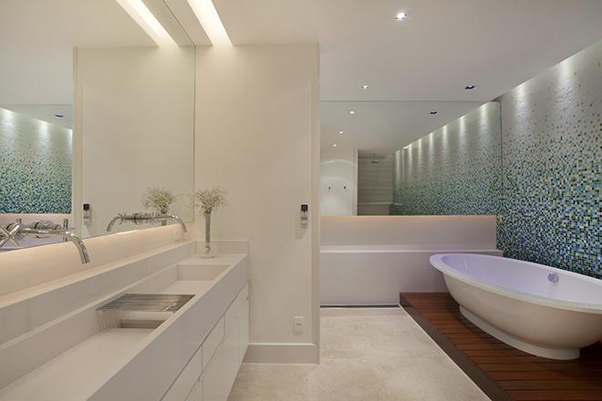 banheiro-amplo-apartamento-copacabana