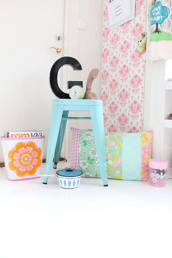 objetos-decorativos-cores-frias-floridas