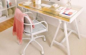 Mesas com cavaletes para escritório